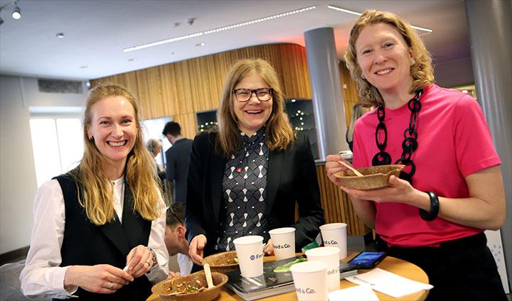 Maria Frisk, Åsa Elm och Marie Claire Maxwell.